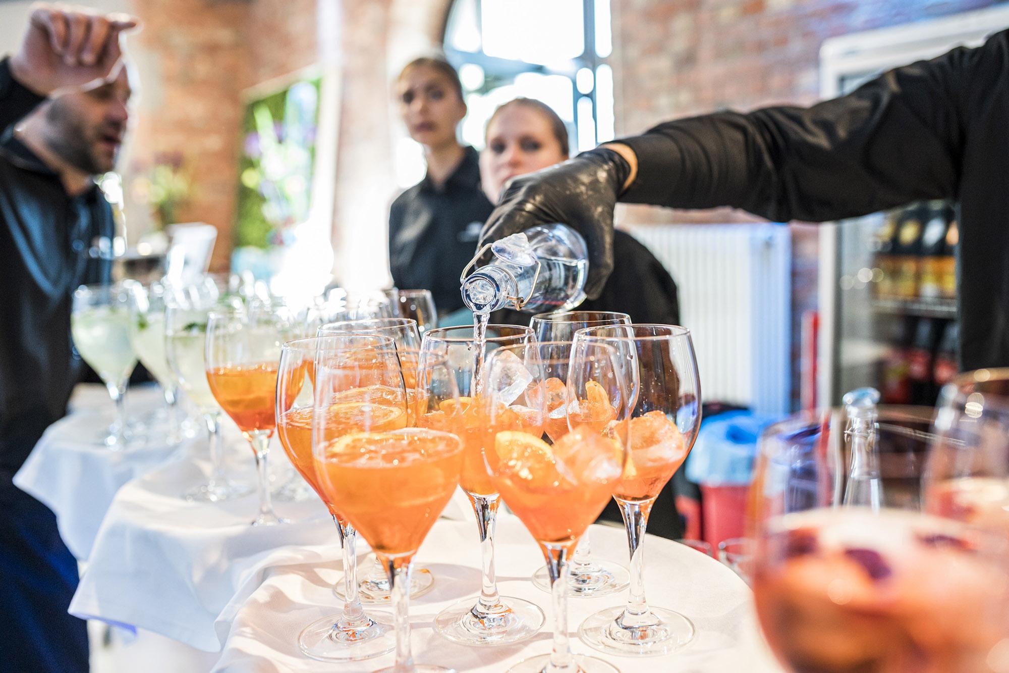 Getränkepauschale<br>Aperitif <span title='Alkoholfreie Getränke, Heißgetränke, Bier, Sekt, Wein, Aperitif' class='tippy'></span>