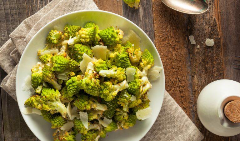 organic-green-baked-romanesco-PDGURJF-min