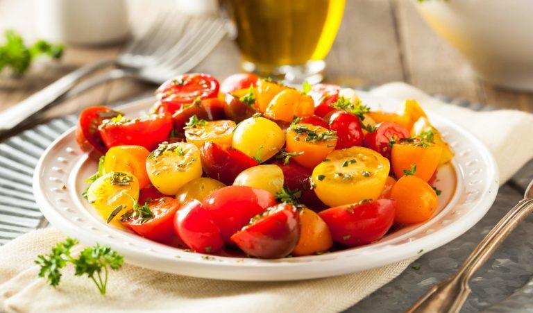 raw-organic-cherry-tomato-salad-PXNLV3L.jpg